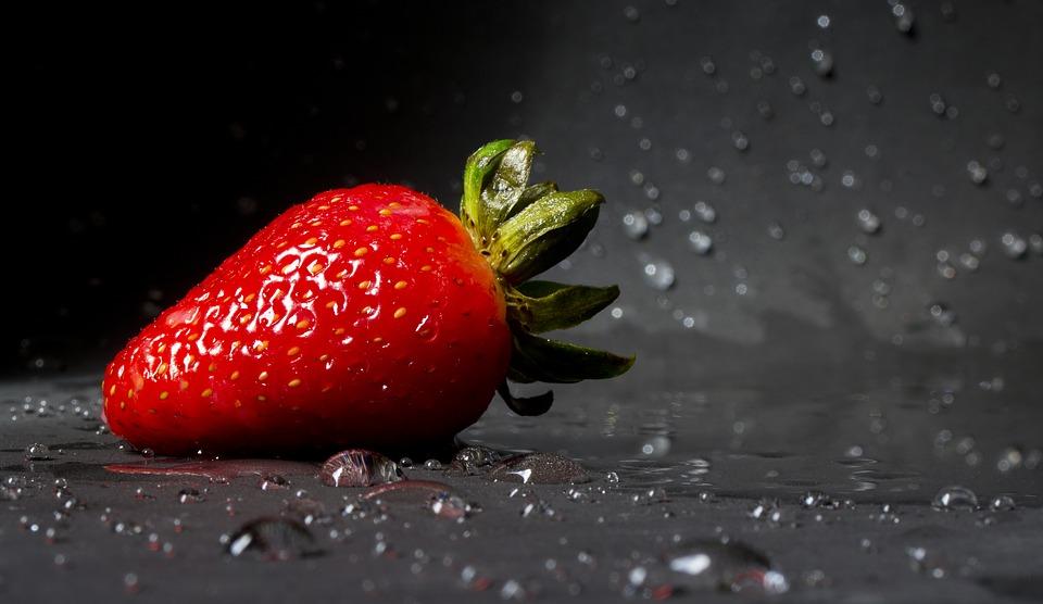 strawberry-2154725_960_720